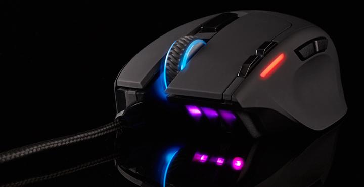 Ultra leve e precisão superior para jogadas rápidas Ultra leve com apenas 100g, o mouse para jogos Corsair Gaming Sabre Optical RGB 6,400 DPI oferece conforto fácil e alcance fluido balanceado por rastreamento consistentemente preciso, taxa de atualização de 1.000 Hz, oito botões configuráveis e interruptores super-responsivos. Luz de fundo com 16,8 milhões de cores de quatro zonas cria uma aparência personalizada bonita que combina com seu estilo.