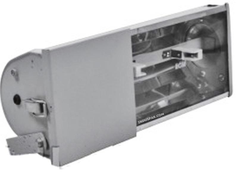 Refletor   70W/150W Alumínio Retangular Soquete Bipino com Alojamento