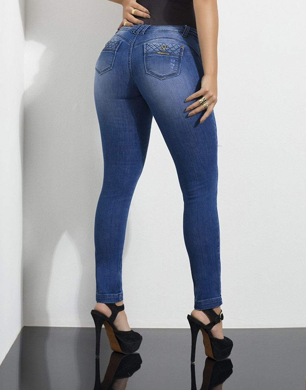 Calça Jeans Cigarrete Push Sexy Set Jeans