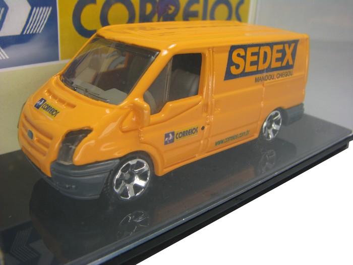 Miniatura customizada - Ford Transit Van dos Correios  - Hobby Lobby CollectorStore