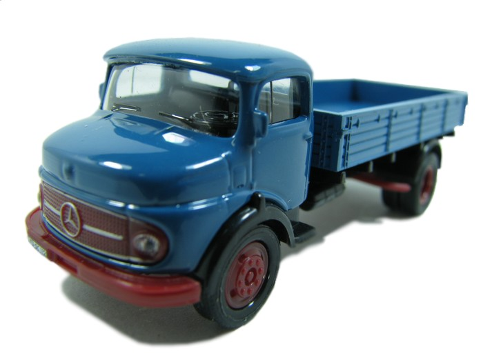 Schuco - Caminhão Mercedes-Benz 1113  - Hobby Lobby CollectorStore