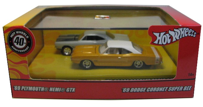 Hot Wheels 100% - Collector Set - Mopar Muscle