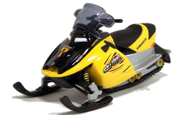 Johnny Lightning - 007 Die Another Day - SKI-DOO MX Z REV SPORT 600  - Hobby Lobby CollectorStore