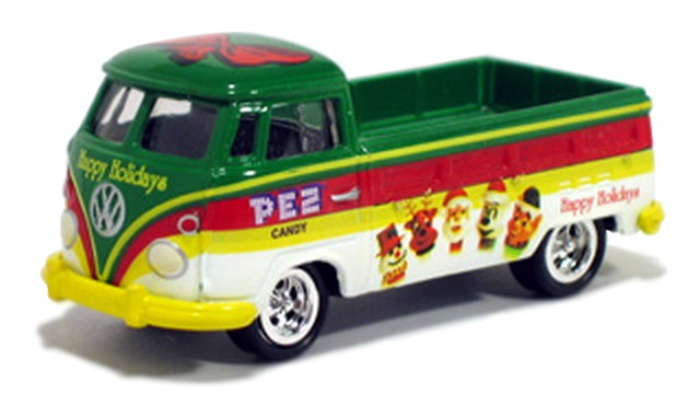 Johnny Lightning - PEZ - 1966 Volkswagen Type 2