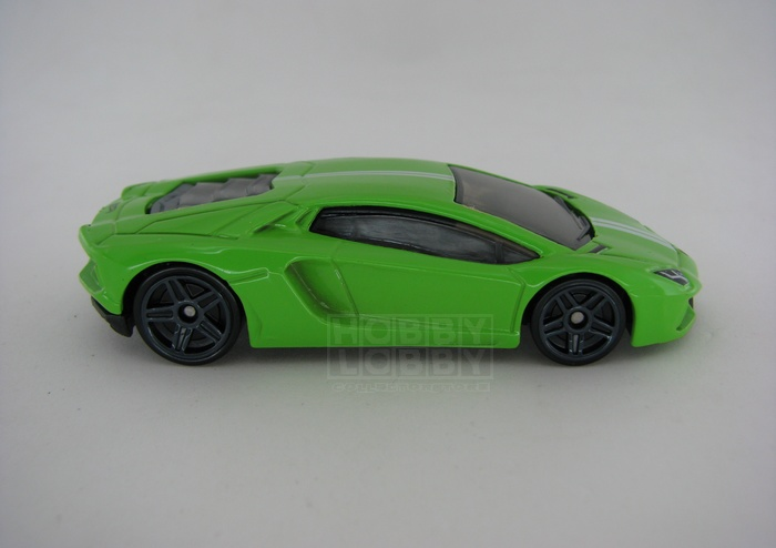 Hot Wheels - Coleção 2014 - Lamborghini Aventador LP 700-4  (loose)  - Hobby Lobby CollectorStore