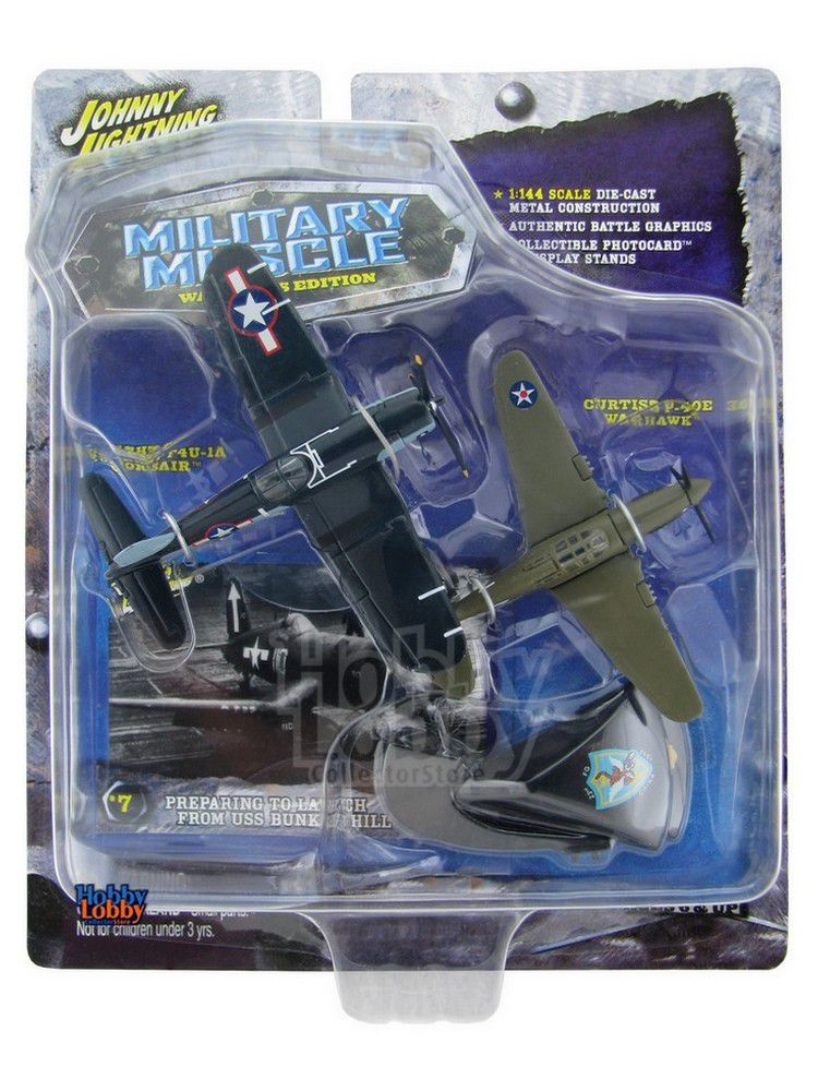 Johnny Lightning - Military Muscle - Vought F4U-1A Corsair e Curtiss  P-40E WarHawk