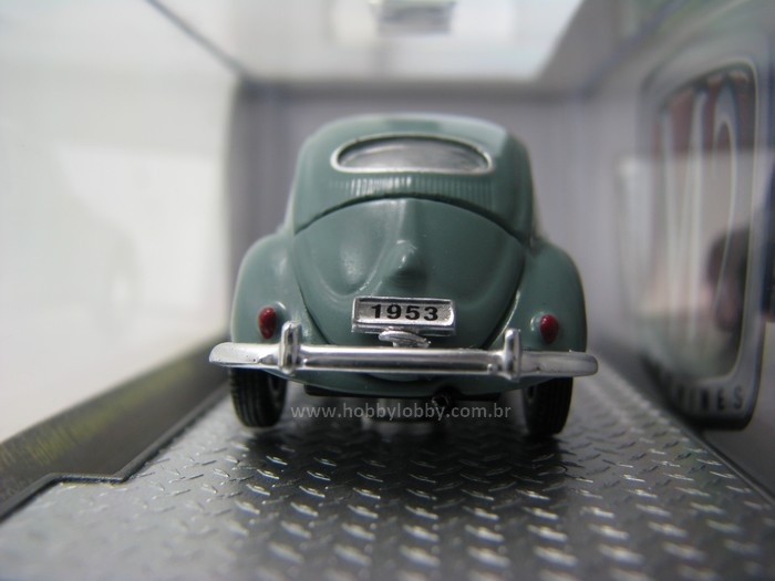 M2 Machines - 1953 VW Beetle DeLuxe European Model - Hobby Lobby CollectorStore