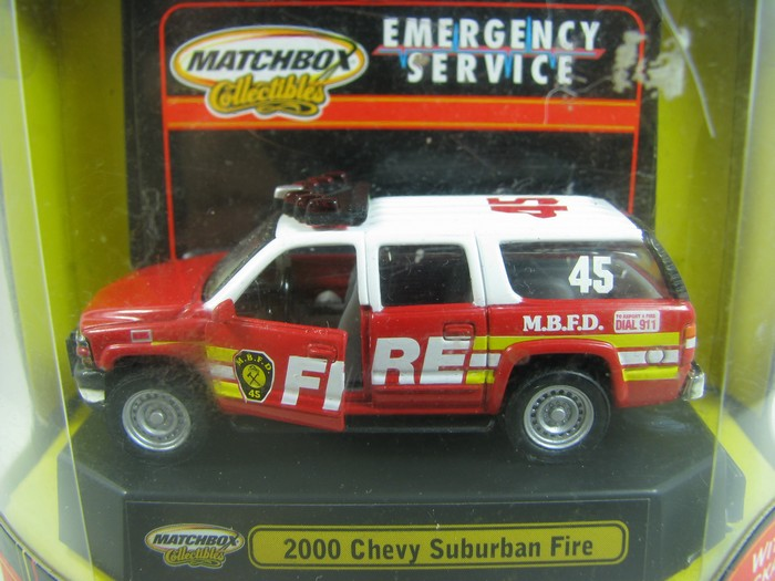Matchbox - 2000 Chevy Suburban Fire  - Hobby Lobby CollectorStore