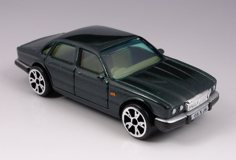 Matchbox - Superfast 2005 - Jaguar XJ6 - Hobby Lobby CollectorStore