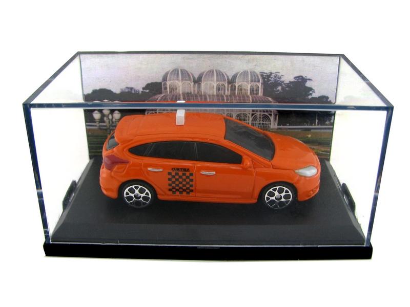 Miniatura Customizada - Ford Focus Taxi de Curitiba