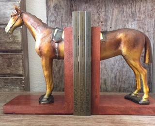Porta Livro Cavalo 30,5 cm