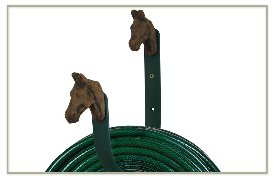 Suporte para Mangueira Cabeças de Cavalo