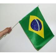 Atacado Kit 960 Bandeiras do Brasil Haste Torcida Jogo Torcer Copa do Mundo (2014-56)