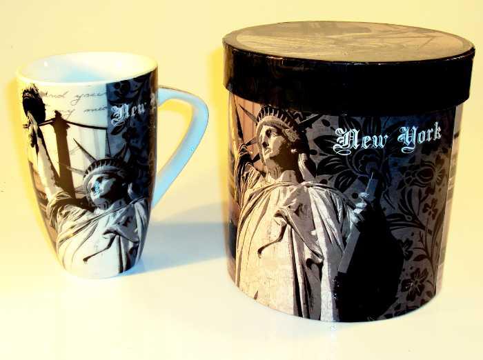 Caneca de Porcelana com Tema New York em Caixa para Presente