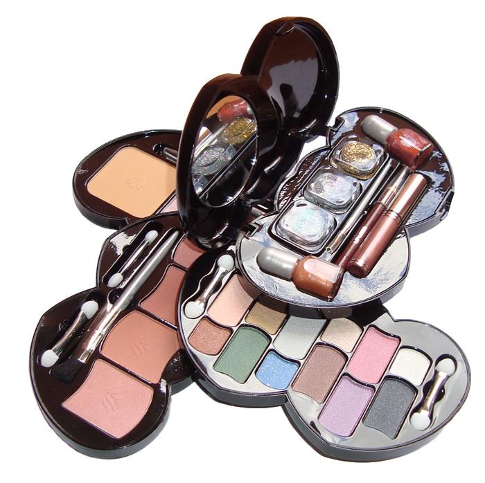 Estojo de Maquiagem 29 Itens Corações Sombras Pós Compactos Brilhos Lápis e Outros Ruby Rose HB-2600 Cor 1