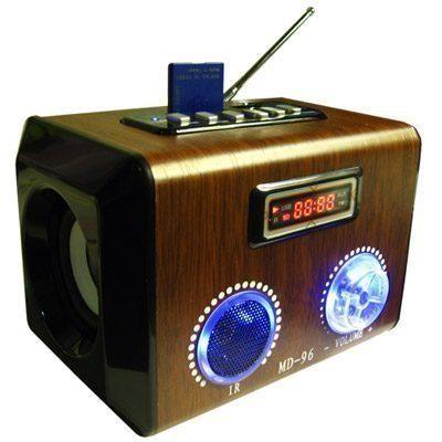 Caixa De Som Portátil Recarregável com Rádio Fm Entrada Usb E Cartão Md96