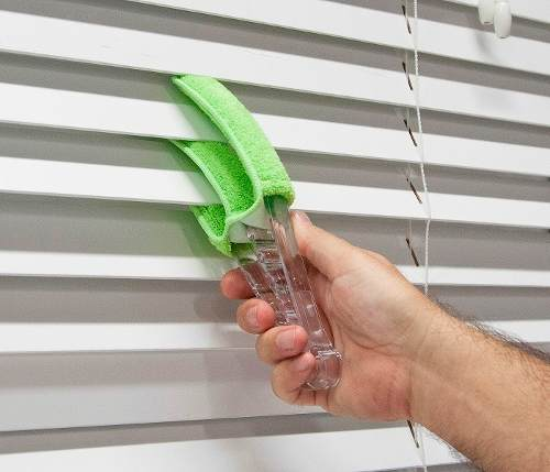 Escova para Limpar Persianas Em Microfibra Wincy Clb0106