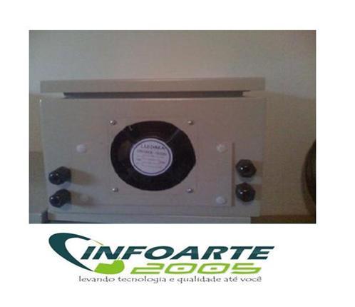 Caixa Hermética em METAL  50x40x20+ Cooler