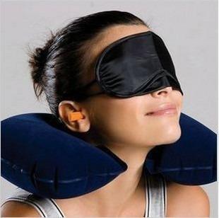 Kit Viagem Travesseiro + Mascara + Protetor  - Thata Esportes