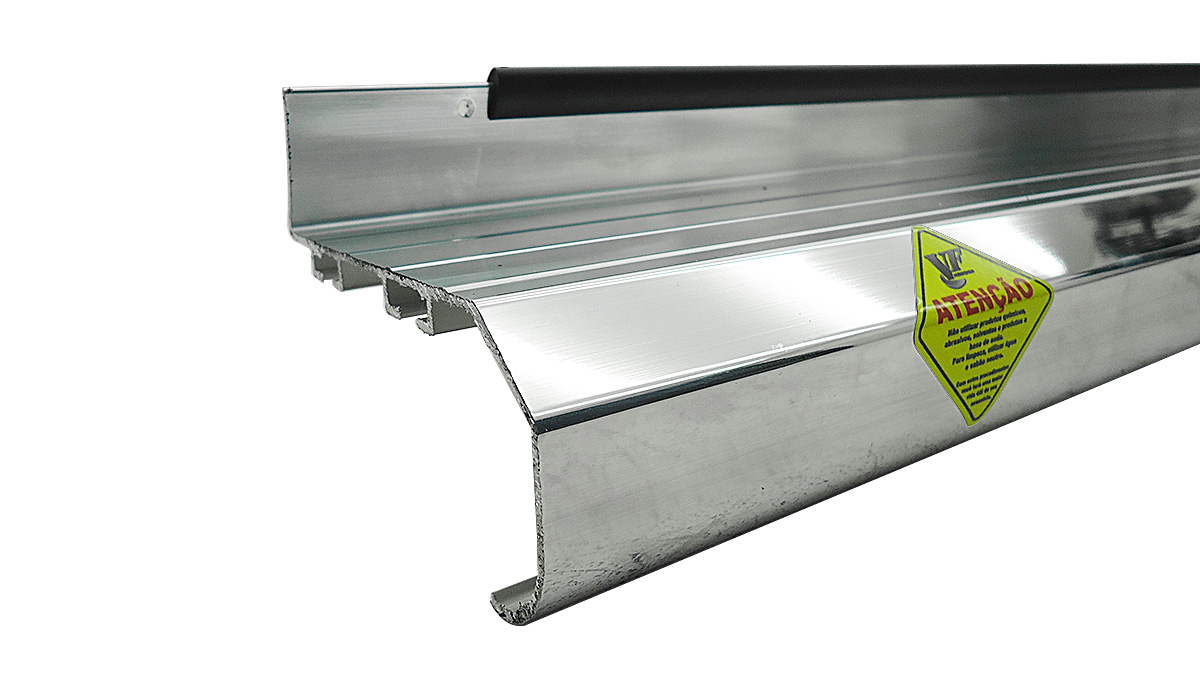 Estribo plataforma alumínio S10 cabine dupla 1997 a 2011