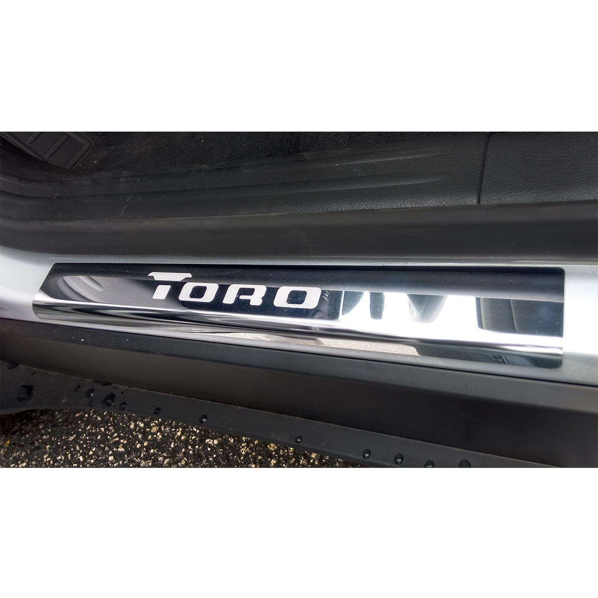 Protetor de soleira aço inox Fiat Toro 2017