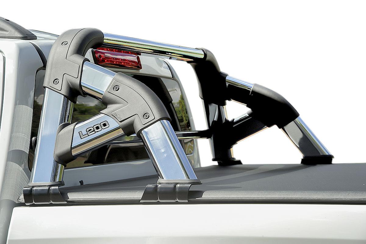 Santo ant�nio cromado Solar Exclusive L200 Sport 2004 a 2007 ou L200 Outdoor 2007 a 2012