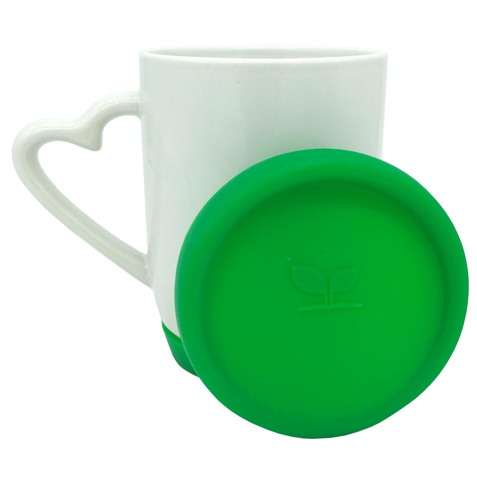 Caneca alça de coração em cerâmica branca com tampa e base de silicone Verde - Classe A  - ALFANETI COMERCIO DE MIDIAS E SUBLIMAÇÃO LTDA-ME