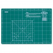 Base de Corte CM-A4 Olfa - 20x30cm 14829