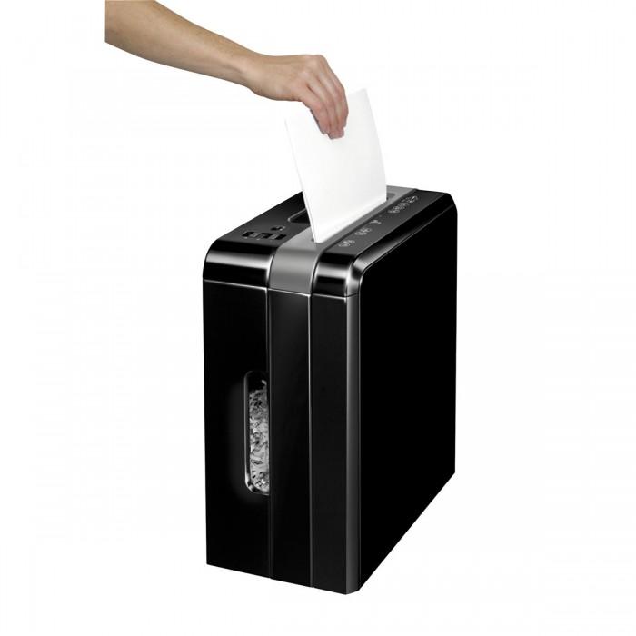 Fragmentadora Fellowes DS500C (110V) - corta grampo, cartões de crédito, clipes de papel, até 5 folhas, corte cruzado 4x38mm. fenda 225mm, cesto 8lts, ruído 70dB