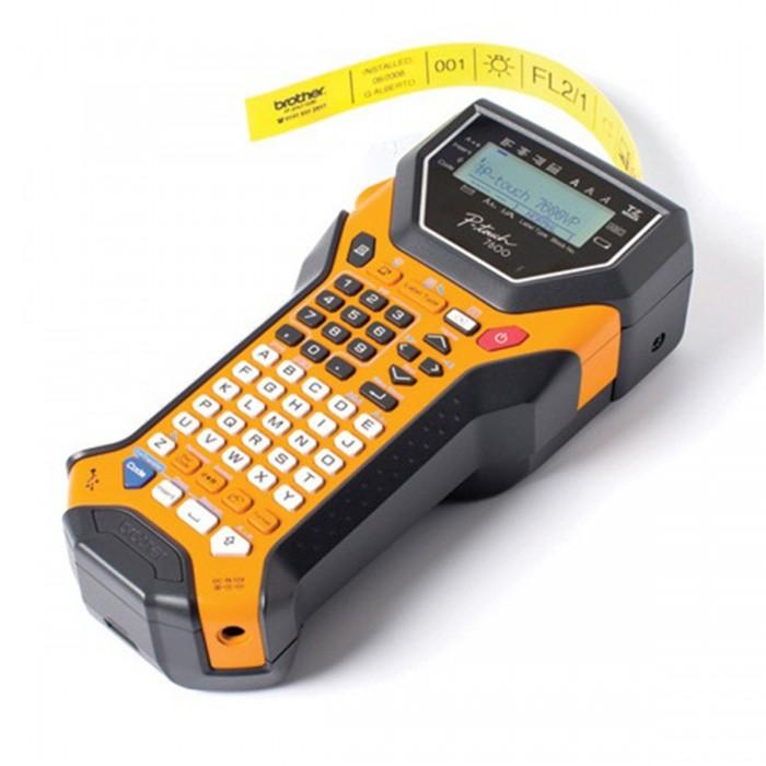 Rotulador Eletrônico Brother PT-7600 - Impressão 180 dpi, Velocidade de Impressão: 10mm/seg, Memória: 2000 caracteres