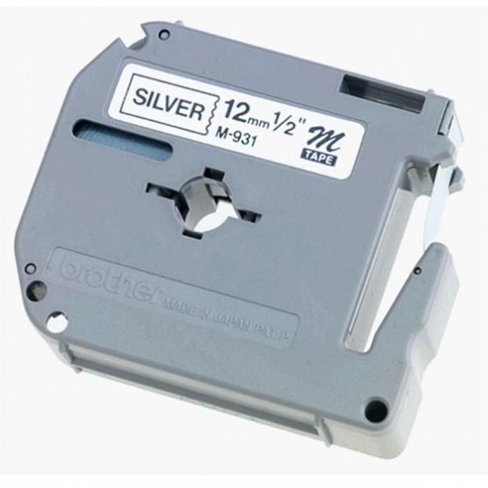 Fita p/ Rotulador PT Brother M-931 - Largura: 12mm, Preto/Prateado, Comprimento: 8m