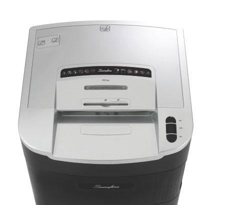 Fragmentadora de Papel Swingline LM12-30 - Corta até 12 fls em Micro Partículas N5, CD/ DVD/ Cartão/ Clipes/ Grampos, Cesto: 115L, Fenda: 254mm, Funcionamento: Contínuo