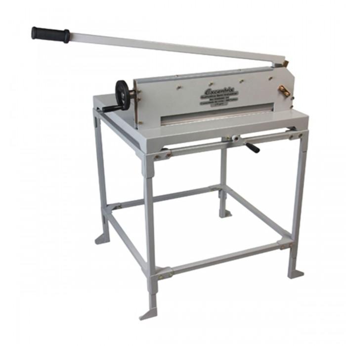 Guilhotina Semi Industrial Excentrix Standard 510 - Dimensão da Base: 720x700x270mm, Capacidade: 300 folhas de 75g cada, Peso: 59Kg