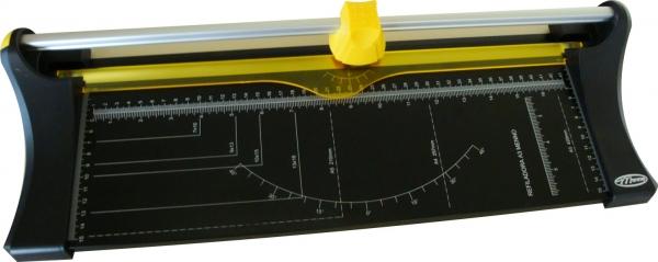 Refiladora Menno A/3 Compacta - Cap. de Corte: 10 folhas A/3 de 75 g