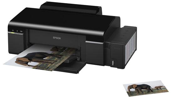 Impressora Epson Tanque de Tinta L800 6 cores em papéis tamanho foto ou A4 ou em CD/DVDs imprimíveis