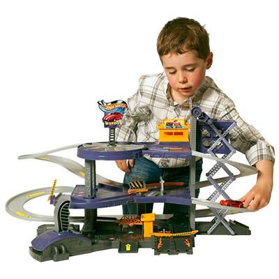 Mega Garagem Hot Wheels - Mattel