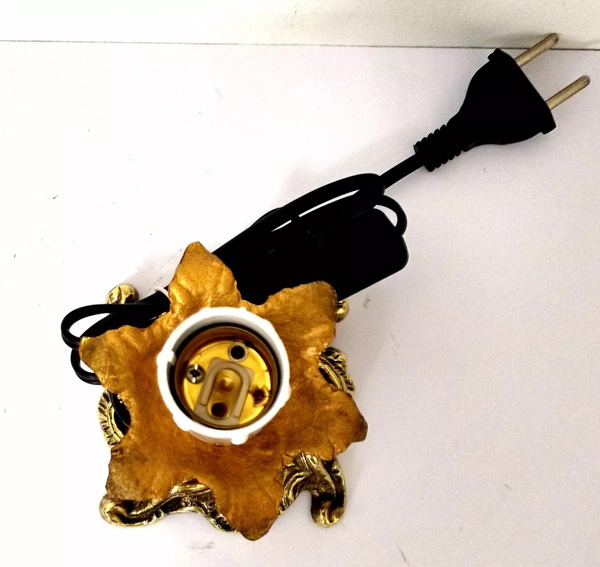 Castiçal Elétrico para 1 Lâmpada - Bivolt - Luminária ref 775  - BronzeShop