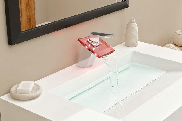 Torneira Cascata com Misturador Monocomando Loomix P-007 com LED