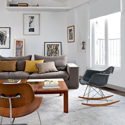 Cadeira em ABS com Balanço PM-084 Preta com Design Charles Eames