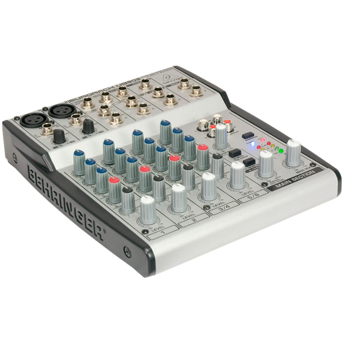UB802 - Mesa de Som / Mixer 8 Canais Eurorack UB 802 - Behringer