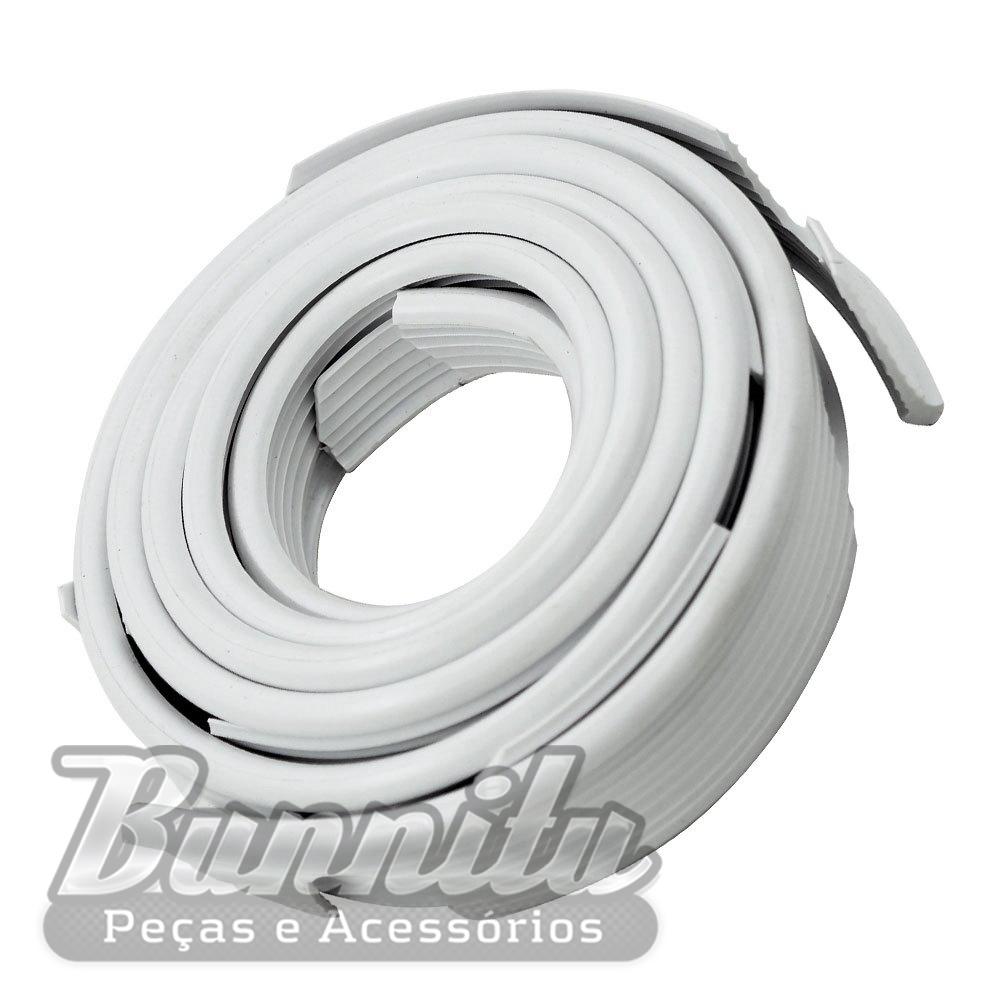 Deblun galão do paralama na cor branca para VW Brasília  - Bunnitu Peças e Acessórios