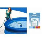Kit de Limpeza e Manutenção Intex com Aspirador e Peneira + Kit Intex com 06 Adesivos de Reparo #59631 - GIFTCENTER