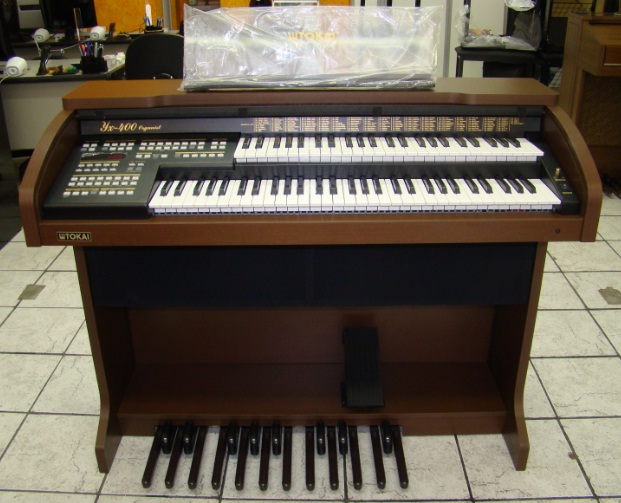 Órgão Eletrônico Organist YX 400 Castanho Wengue.  - Teclasom Instrumentos Musicais Ltda