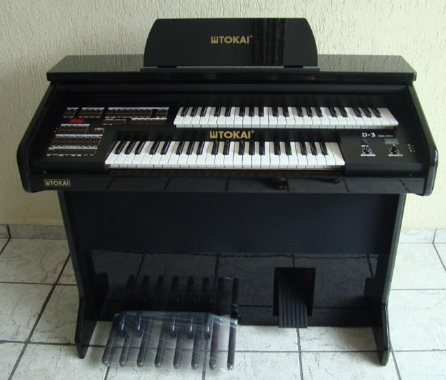 Órgão Eletrônico Tokai D 3 Preto Alto Brilho