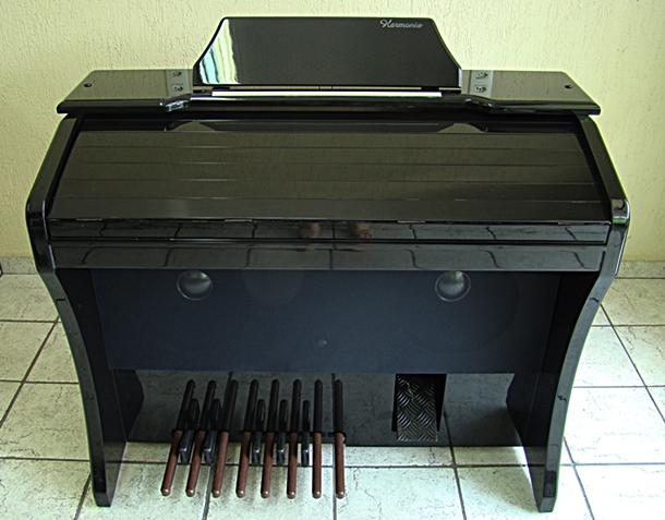 Órgão Eletrônico Harmonia HS 200 Super Preto Alto Brilho