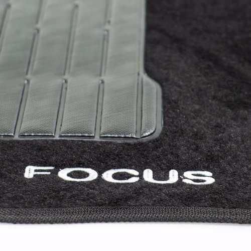 Jogo Tapete Carpete Preto Focus Hatch/sedan 2009/2012 5 Peças - SONNIC SOUND