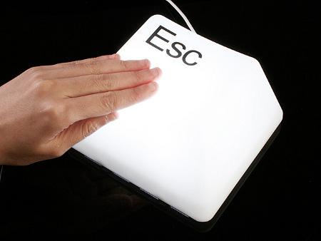 Luminária Decorativa Em Forma De Tecla De Computador Esc Alimentação USB Ou Pilha Para Mesa E Parede  - MGCOMPUTERS