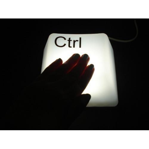 Luminária Decorativa Em Forma De Tecla De Computador Ctrl Alimentação USB Ou Pilha Para Mesa E Parede  - MGCOMPUTERS