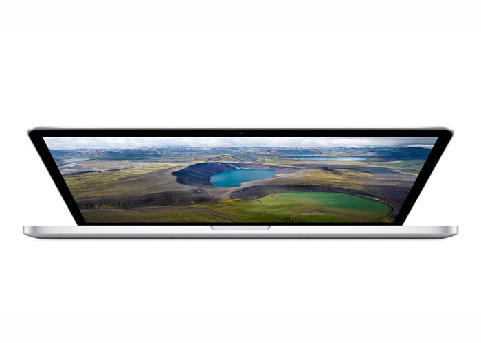 "Notebook Apple MacBook Pro com tela Retina ME293 - Intel Core i7 Quad Core, 16GB de memória, SSD 256GB, Thunderbolt 2, Wireless AC, Tela Retina 15.4"""