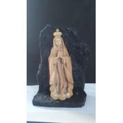P155 - Nossa Senhora Fatima na Pedra 14cm Resina